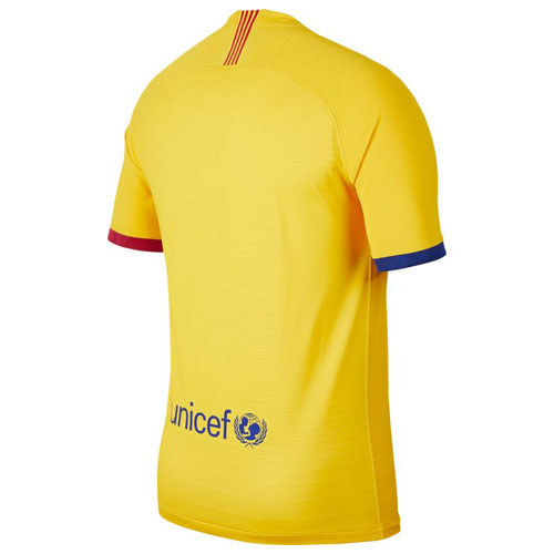 barca-auth-away-shirt-b