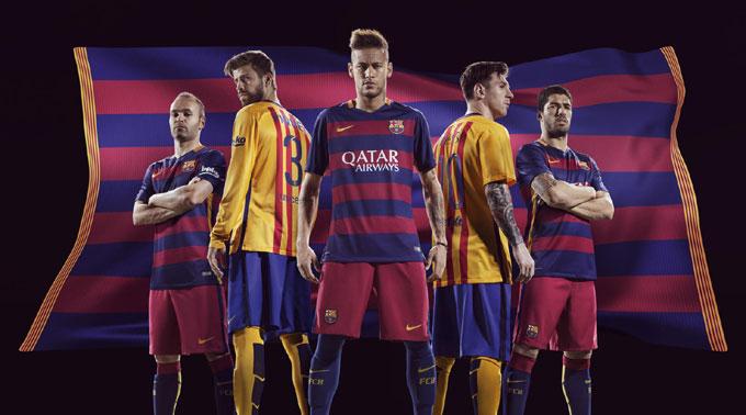 Barcelona home/away Kits