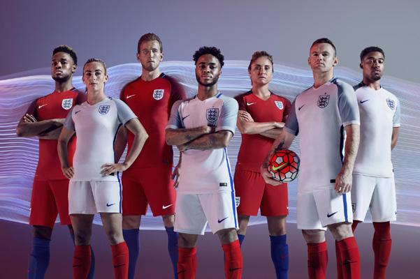 England Home- and Away-Dress
