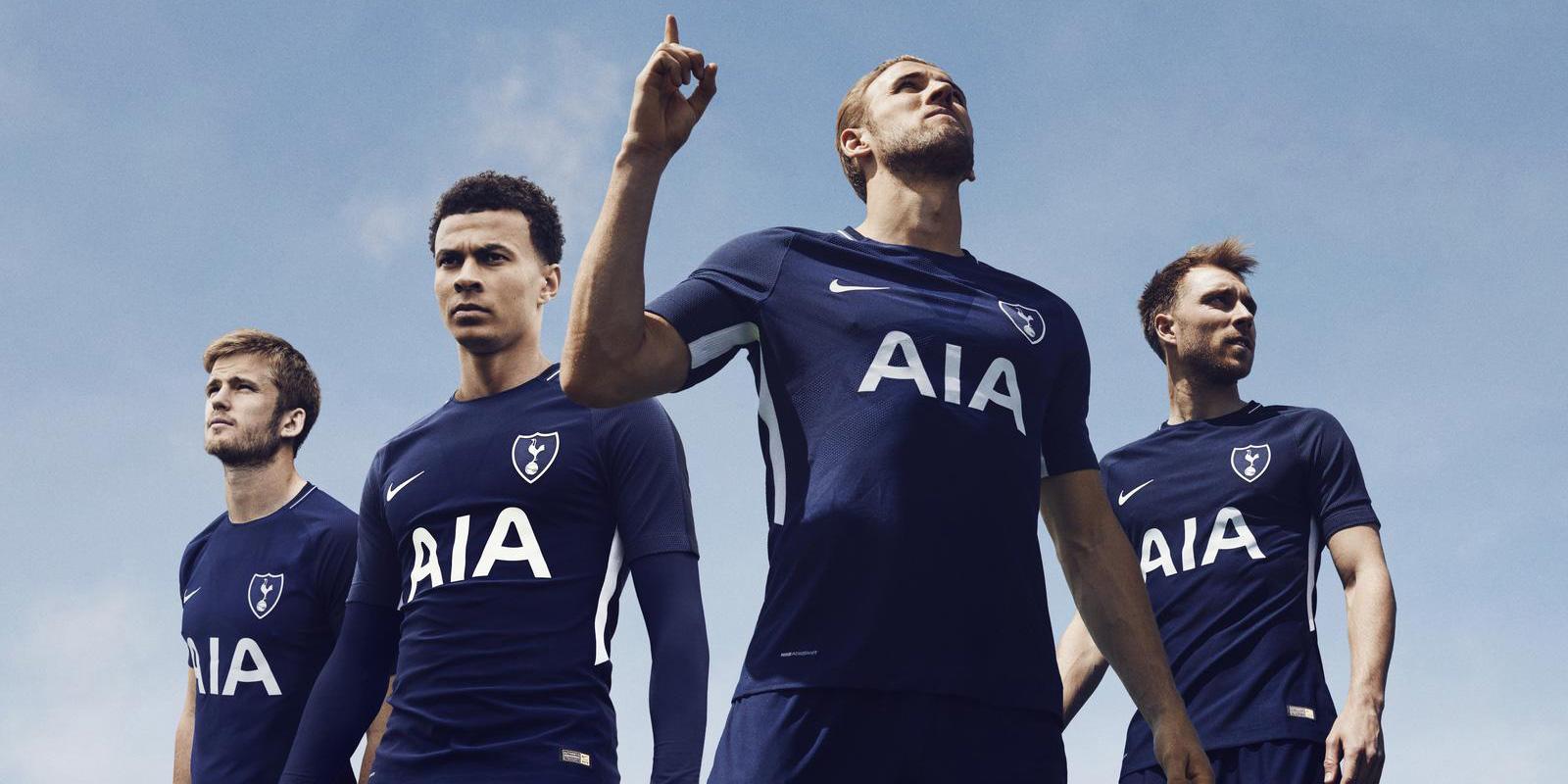 Tottenham Hotspur Kit